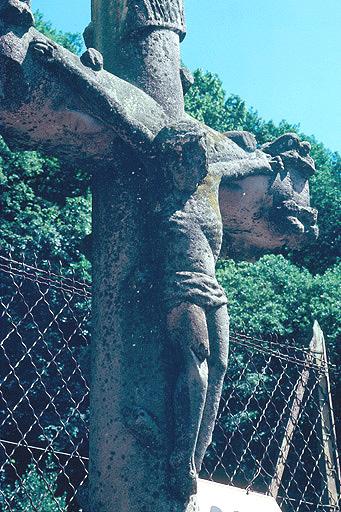 croix de chemin dite croix des morts