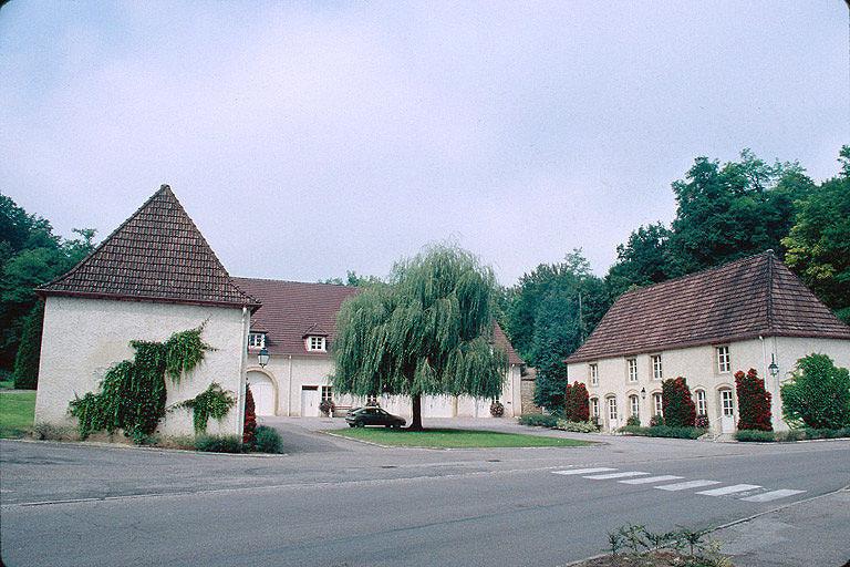 abbaye dite château de Clairefontaine