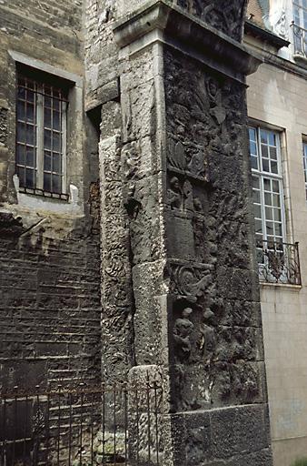 arc de triomphe dit Porte noire