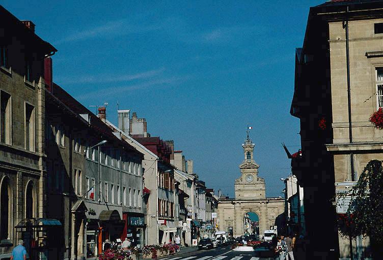 arc de triomphe dit porte Saint-Pierre