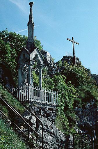 Mont-calvaire de Sombacour (également sur commune de Bians-les-Usiers)