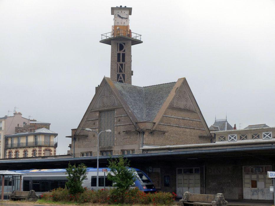 Gare S.N.C.F.: Ensemble nord-est, vue générale