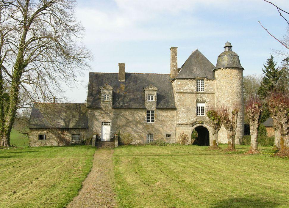 Château de la Vieuville : Ancien manoir