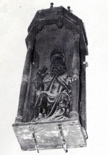 Statue : saint Pierre pape