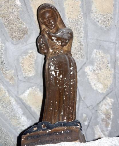 Statuette : Vierge dite Notre-Dame des Prisonniers