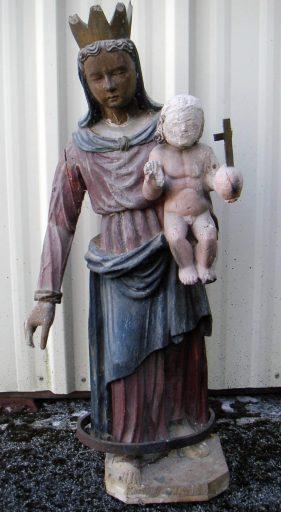 statue : Vierge à l'enfant couronnée