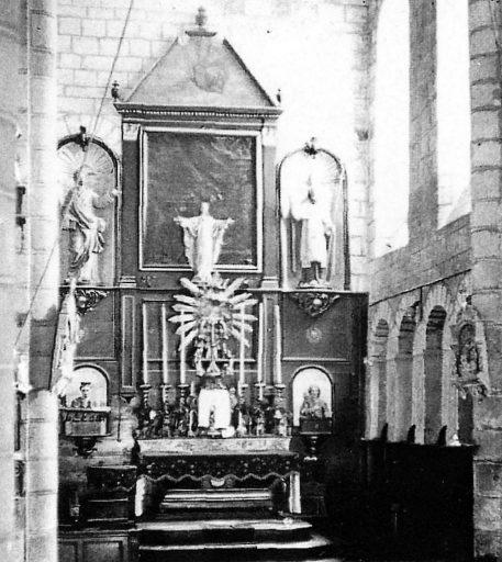 2 statues (éléments du retable du maître-autel) : évangéliste dit saint Matthieu, évêque dit saint Blaise