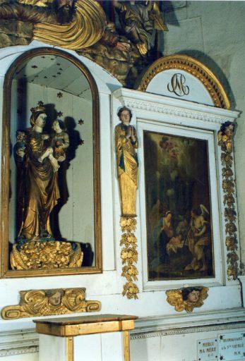 Retable, 2 tableaux : la Nativité, le Couronnement de la Vierge, statue : Vierge à l'Enfant, haut-relief : Dieu le Père