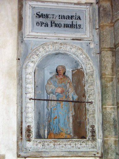 Statue et sa niche : sainte Catherine d'Alexandrie