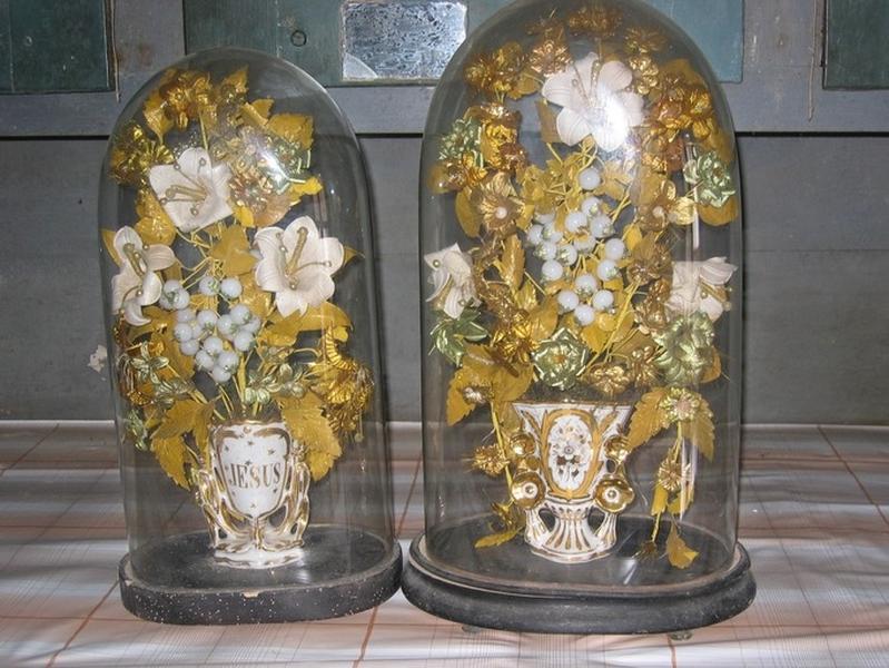 2 vases-bouquets d'autel