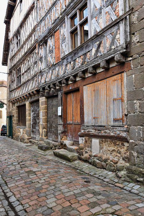 Maison dite du Duc d'Epernon; Façade sur rue, détail des maçonneries