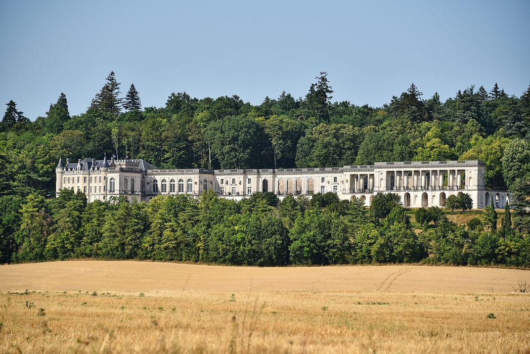 Château de la Mercerie: Vue partielle des décors intérieurs