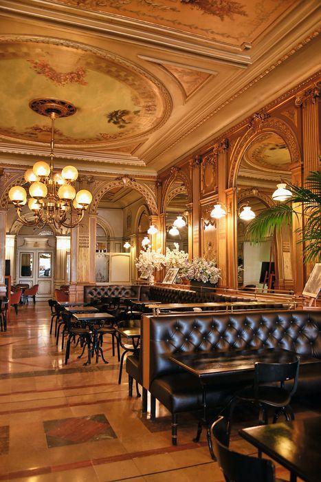 Café de la Paix