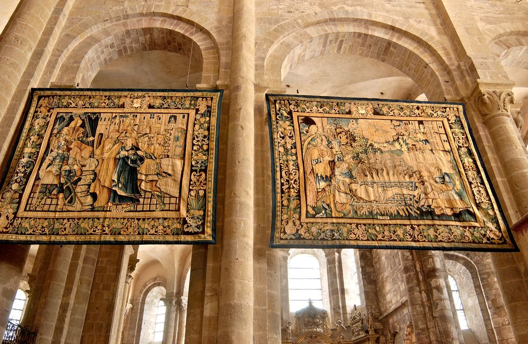 pièces murales : saint Caprais devant Dacien et la Décollation de sainte Foy, saint Caprais devant Dacien et le Martyre de saint Prime saint Félicien et saint Caprais