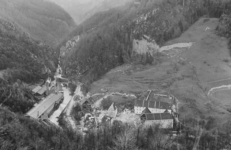 Bâtiment de l'ancienne distillerie des Chartreux, à FOURVOIRIE
