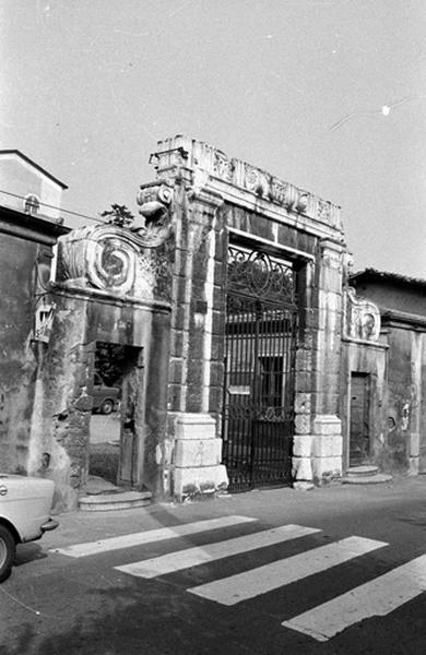 Ecole Saint-Thomas-d'Aquin (ancien château)