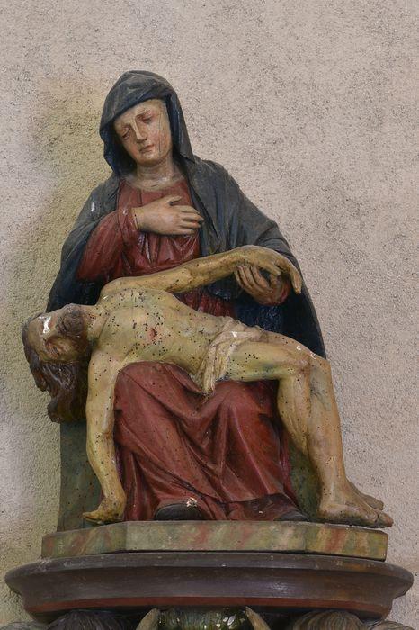 groupe sculpté: Vierge de Pitié dite Notre-Dame des Urciers, vue générale