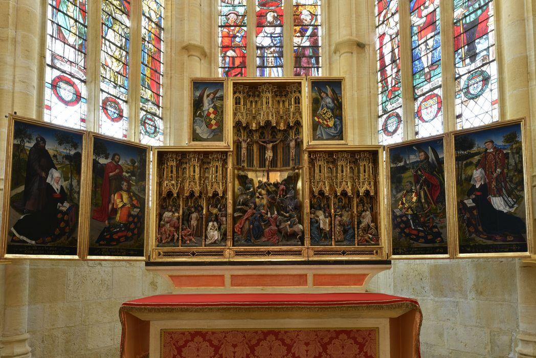 retable : Scènes de la Passion, portraits des donateurs et de leurs saints patrons , vue générale