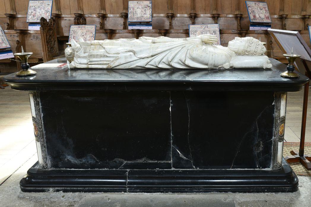 Tombeau (gisant) du pape Clément VI, vue générale