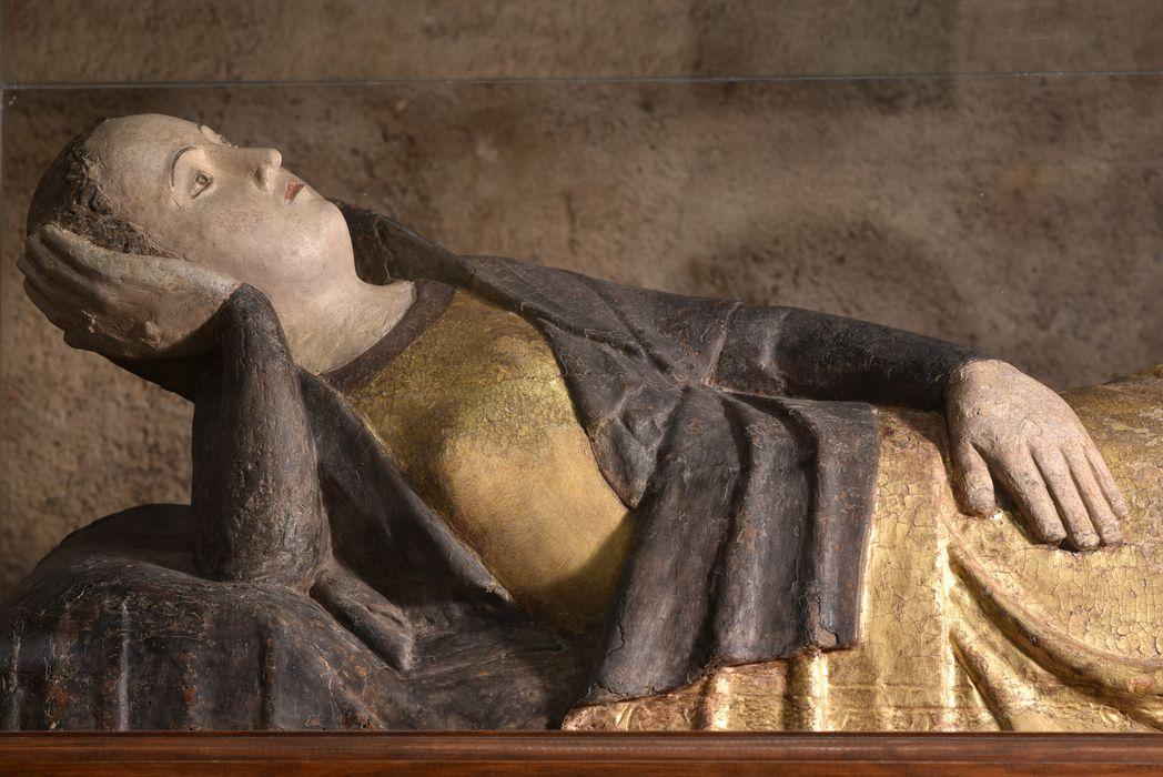 statue (petite nature) : Vierge en gésine sur son lit d'accouchée, vue partielle