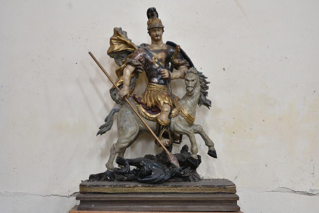 Groupe sculpté : saint Georges terrassant le dragon, vue générale