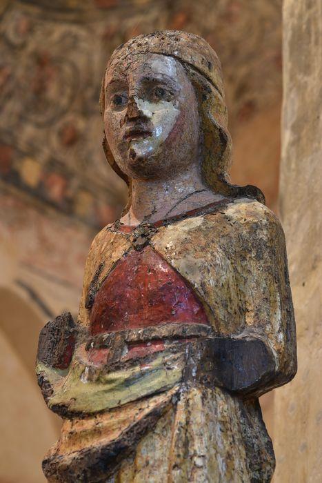 statuette : Vierge, vue partielle