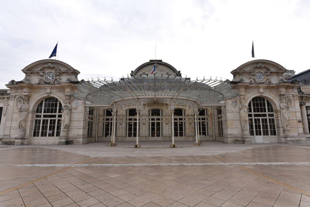Théâtre et Grand Casino: façade nord du grand Casino, vue générale