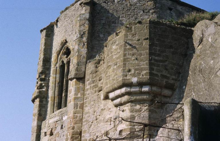 château ; chapelle