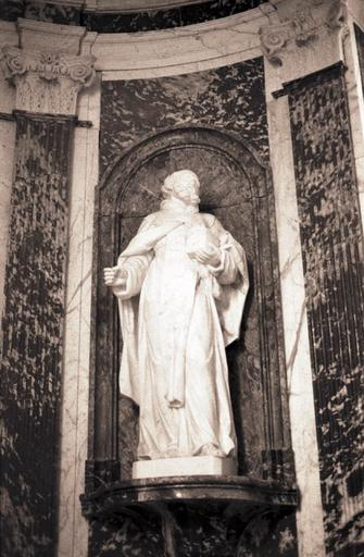 statue : Saint Raymond