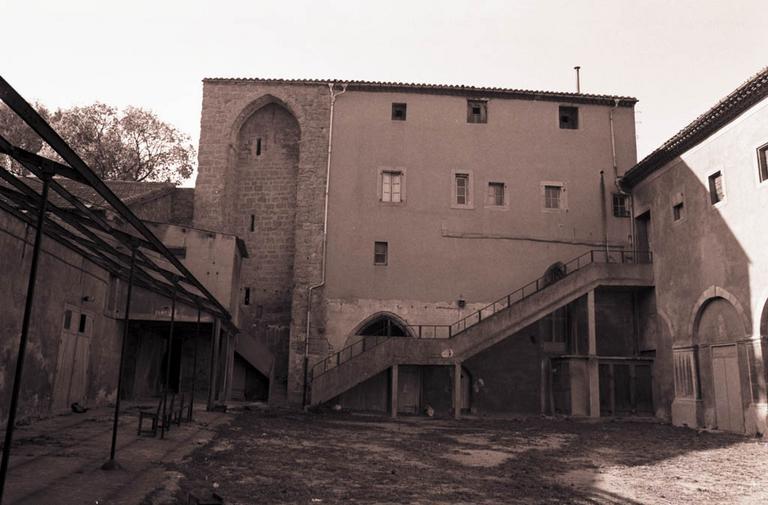 chapelle du couvent des Carmes ; église paroissiale Sainte-Thérèse