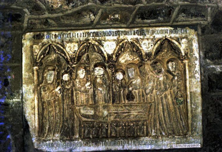 Monument funéraire d'Arnold de Corbiac, abbé de Saint-Martin