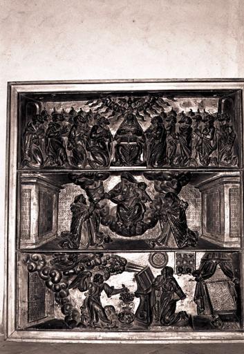 bas-relief du retable du Rosaire : Pentecôte (la), Vierge du rosaire avec saint Dominique et sainte Catherine (la), annonciation (l')