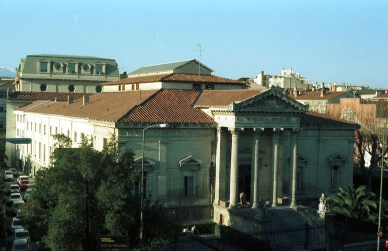 palais de justice (ancien)