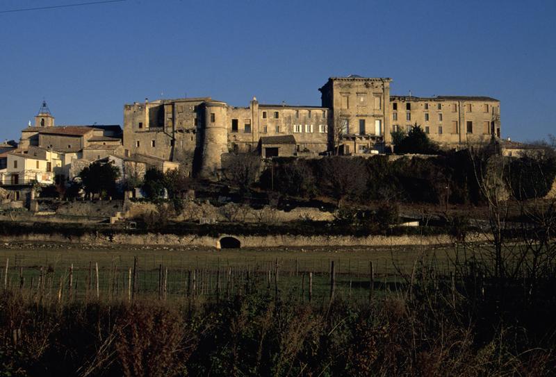 château d'Aubais