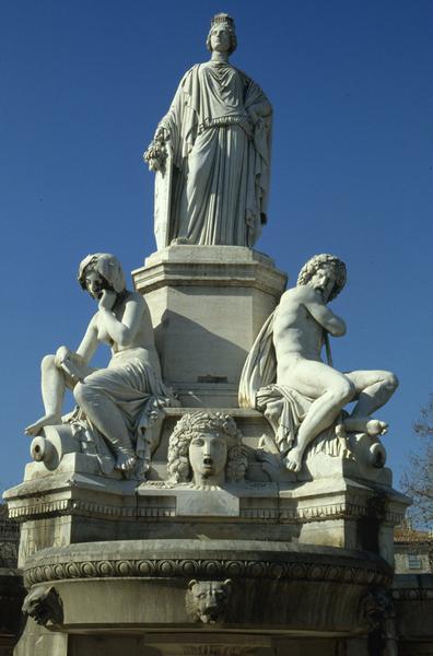 fontaine de l'Esplanade ; fontaine Pradier