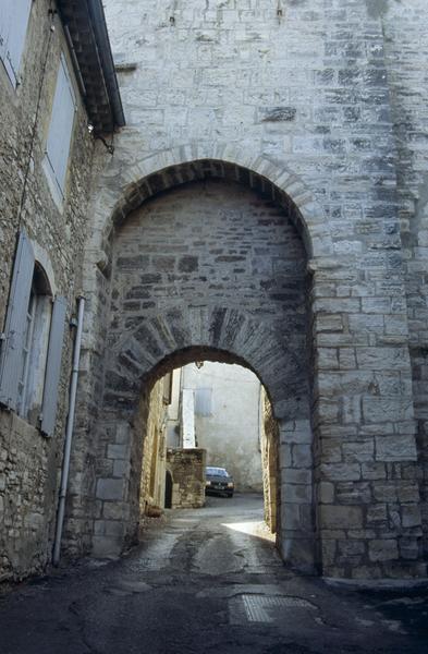 porte fortifiée (ancienne)