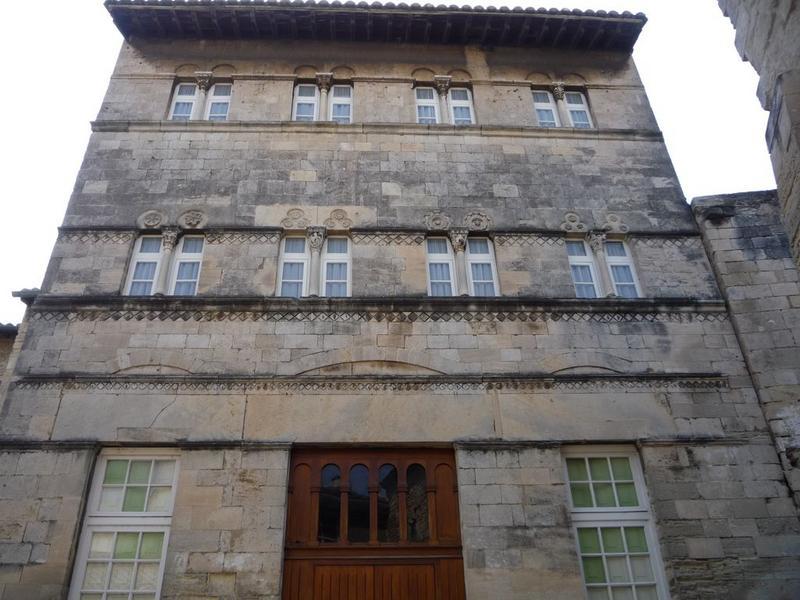 Maison romane