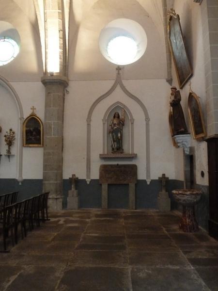 Église paroissiale ; croix