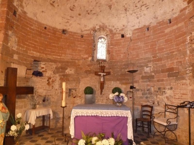 Chapelle de Château-Roussillon; église Sainte-Marie de Château-Roussillon (ancienne)