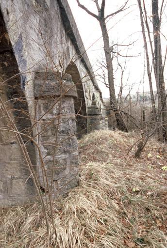 Aqueduc d'irrigation sur le Céans, canal 19e siècle