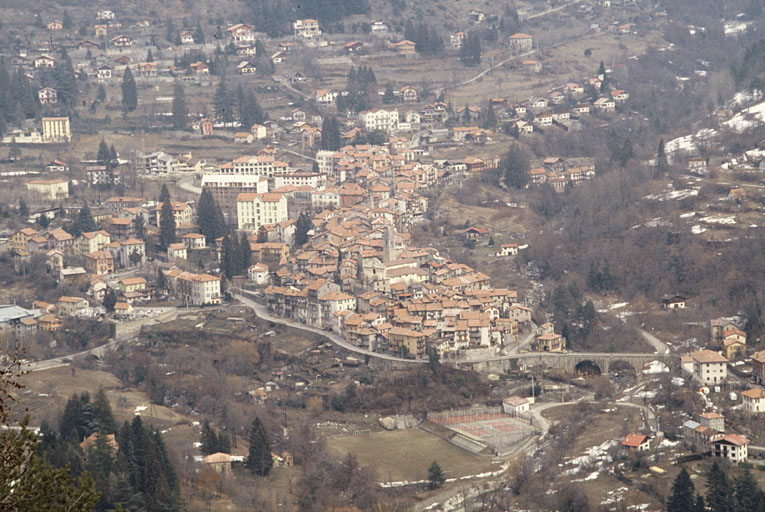 Bourg de Saint-Martin-Vésubie