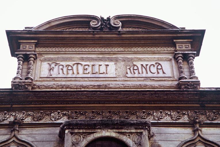 Usine de produits agro-alimentaires dite bâtiment Fratelli-Branca