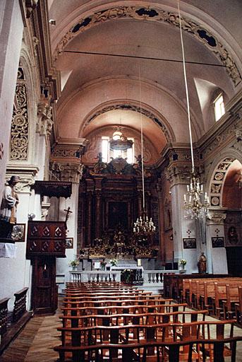 Église paroissiale Saint-Pierre (ancienne), clocher roman