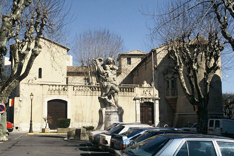 Château (ancien), actuellement musée Picasso