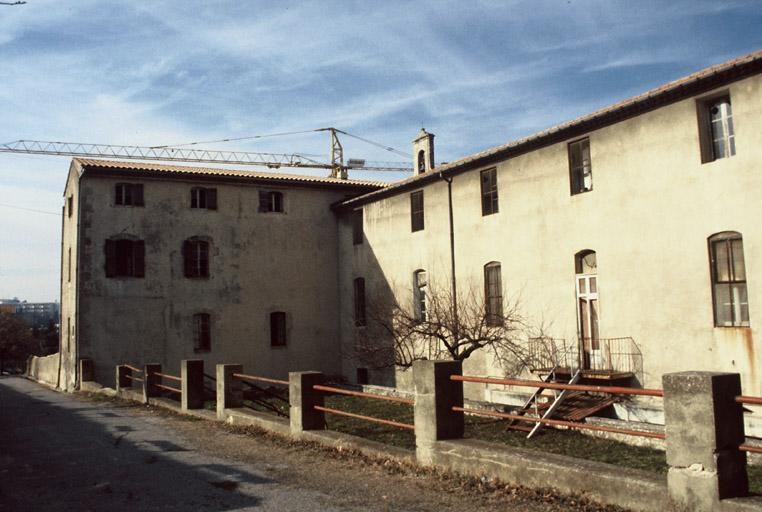 hôpital de la Charité (ancien), église dite chapelle de l'ancien hôpital, école de musique (ancienne)