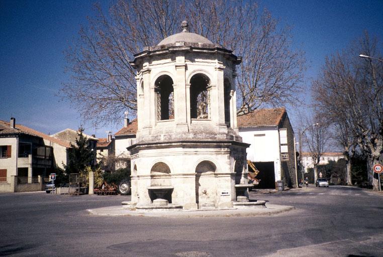 Fontaine dite rotonde, château d'eau