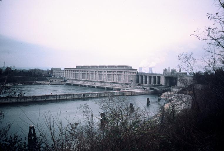 Barrage-usine André Blondel