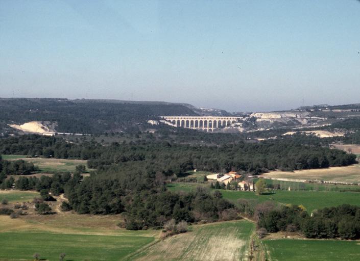 Aqueduc de Roquefavour, canal de Marseille