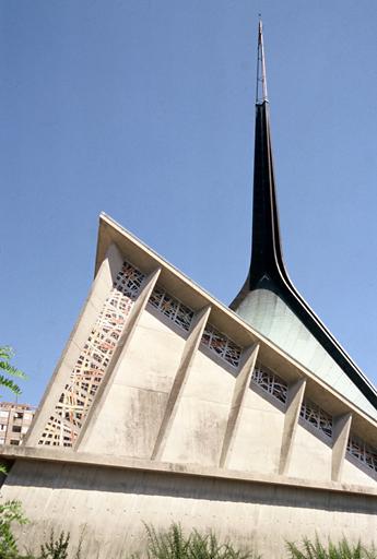 Église paroissiale Saint-Joseph Travailleur
