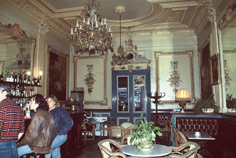 Café Le Fin de Siècle
